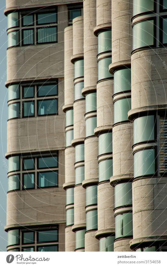 Das Shell-Haus Architektur Bauhaus Etage Fassade Fenster Vorderseite Gebäude schell haus schellhaus shell haus shellhaus Menschenleer Textfreiraum