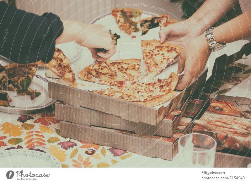 Wir haben bestellt Pizza kaufen liefern Lieferwagen Italiener Essen Foodfotografie Gesunde Ernährung Speise Nudeln Salami Hawai