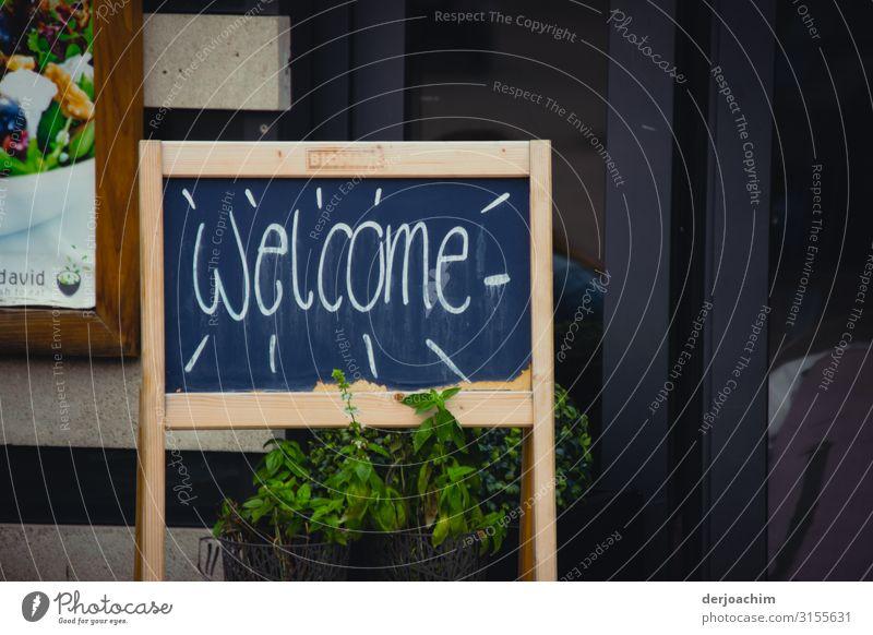 """"""" Welcome """" Ernährung kaufen Freude Zufriedenheit Freizeit & Hobby Ausflug Restaurant Feste & Feiern Dienstleistungsgewerbe Herbst Schönes Wetter Würzburg"""