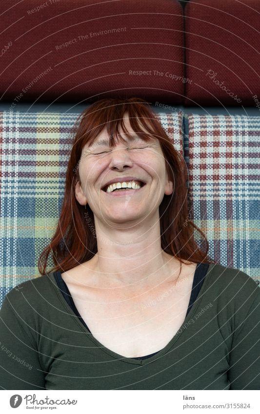 lachen ist gesund lll Mensch feminin Leben 1 45-60 Jahre Erwachsene Haare & Frisuren rothaarig langhaarig Freundlichkeit Fröhlichkeit positiv Freude Glück