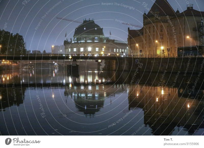 Berlin Stadt Hauptstadt Stadtzentrum Altstadt Skyline Menschenleer Haus Bauwerk Gebäude Sehenswürdigkeit Pergamon Museum Ferien & Urlaub & Reisen Spree Fluss