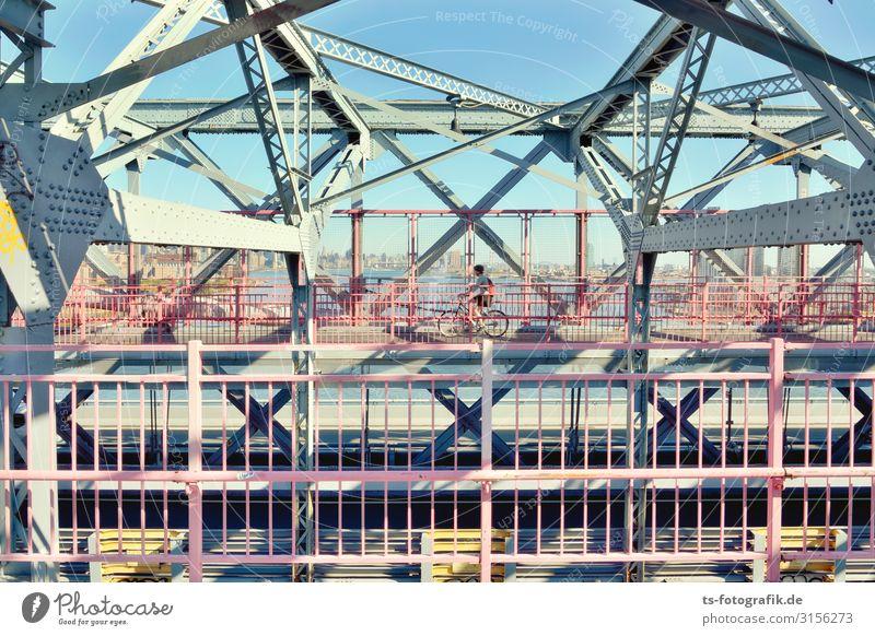 Williamsburg Bridge, New York City Mensch Ferien & Urlaub & Reisen Stadt Straße Architektur rosa Linie Metall Verkehr Fahrrad Technik & Technologie