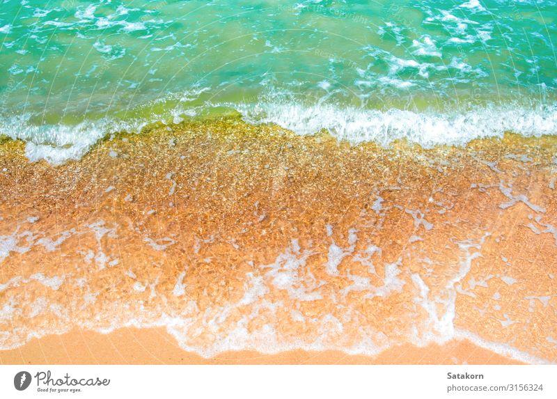 Blase der klaren Meereswelle am Strand Erholung Ferien & Urlaub & Reisen Natur Sand Wasser Küste blau braun grün weiß Schaumblase platschen Bewegung