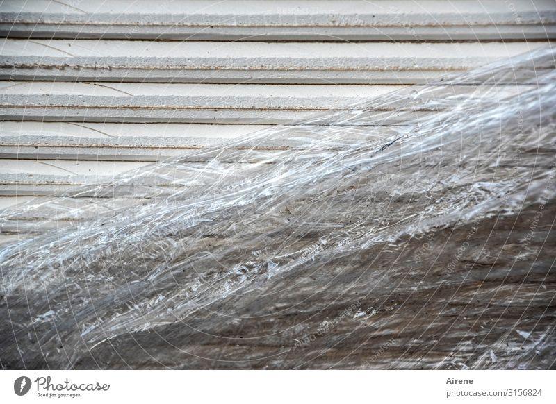 Rigips und Plastik | UT Hamburg Baustelle Verpackung Kunststoffverpackung Material Bodenplatten Isolierung (Material) Wandtäfelung Verpackungsmaterial Folie