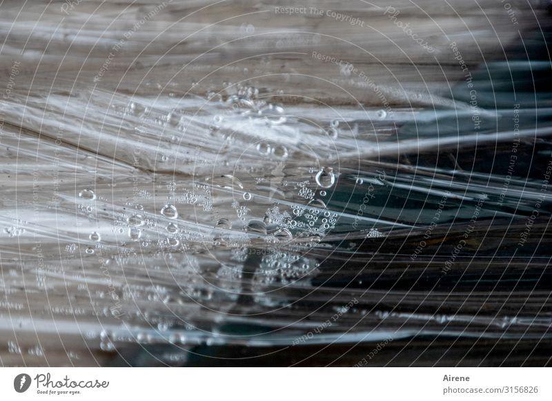 Schraffur Kunststoff nass | UT Hamburg Wassertropfen schlechtes Wetter Regen Verpackung Kunststoffverpackung Plastikhülle Abdeckung Folie blau braun schwarz