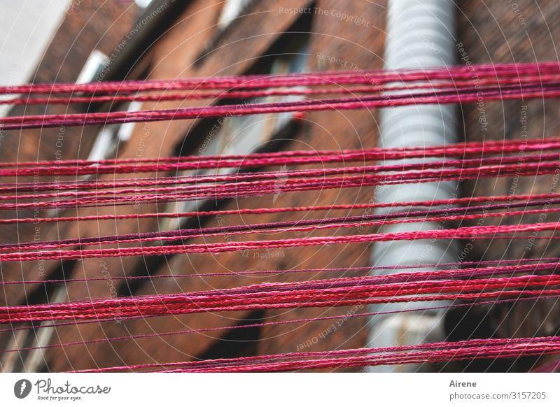 Schraffur Wolle weich | UT Hamburg Freizeit & Hobby Handarbeit Dekoration & Verzierung schlechtes Wetter Menschenleer Backsteinhaus Backsteinfassade Fassade