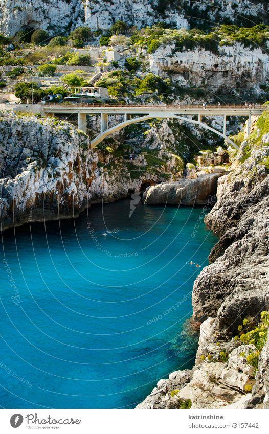 Blick über die Ciolobrücke schön Ferien & Urlaub & Reisen Meer Natur Landschaft Küste Brücke Architektur hell blau ciolo Apulien Klippe panoramisch Ausflugsziel