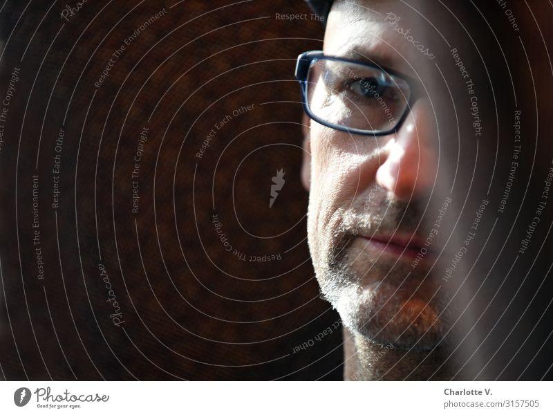 Nachdenklich | UT HH19 Mensch maskulin Mann Erwachsene Männlicher Senior Leben 45-60 Jahre Brille Dreitagebart beobachten Denken Blick träumen Traurigkeit