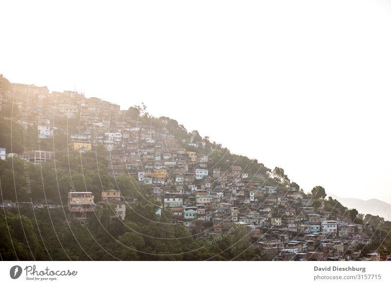 Favela Ferien & Urlaub & Reisen Tourismus Sightseeing Städtereise Stadt Stadtrand überbevölkert Haus Hütte Armut Kontrolle Wachstum Wandel & Veränderung