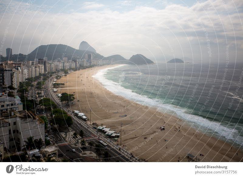 Copacabana Ferien & Urlaub & Reisen Tourismus Ferne Sightseeing Städtereise Sommerurlaub Sonne Landschaft Schönes Wetter Hügel Küste Meer Stadt Sehenswürdigkeit