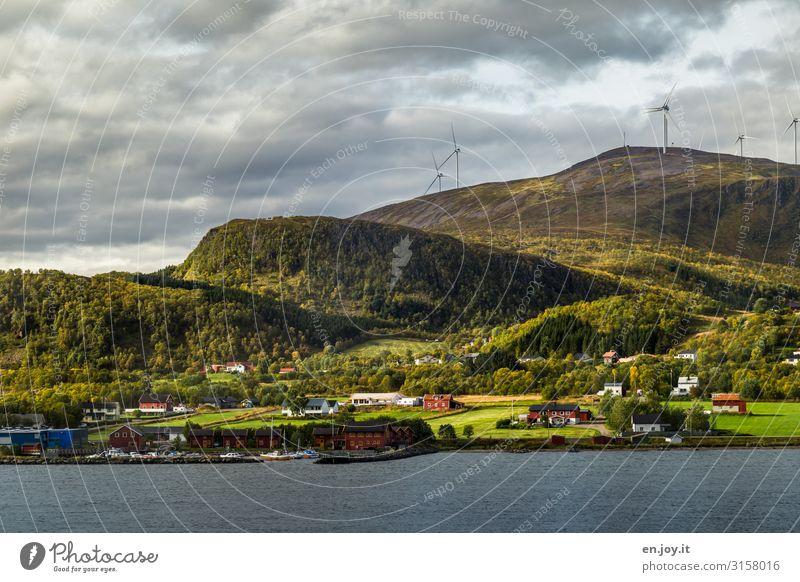viel Gegend Ferien & Urlaub & Reisen Natur grün Landschaft Haus Wolken Ferne Berge u. Gebirge Herbst Umwelt Tourismus Ausflug Abenteuer Energie Klima Hügel
