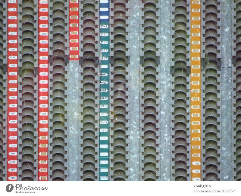 aufgereiht Industrie Kunststoff Ziffern & Zahlen mehrfarbig Ordnung Reihe Farbfoto Innenaufnahme Menschenleer