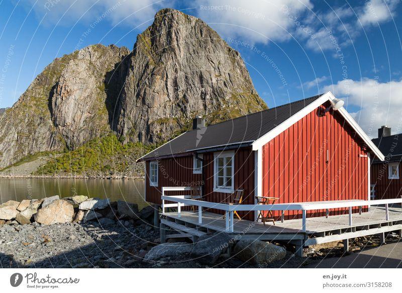 wohlfühlen Ferien & Urlaub & Reisen Freiheit Natur Landschaft Himmel Sonnenlicht Schönes Wetter Felsen Berge u. Gebirge Fjord Reinefjorden Hamnöy Norwegen