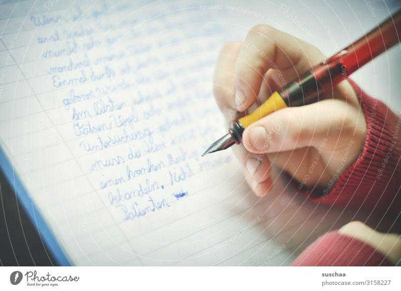 geschriebenes | hausaufgaben Kind Schulkind Schule lernen Hausaufgabe Diktat Schulunterricht lesen schreiben Bildung Deutsch Handschrift Schreibschrift Finger