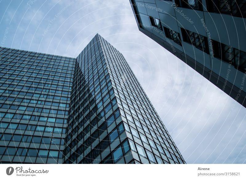Neu-Hamburg | UT Hamburg Stadt Hafenstadt Stadtzentrum Skyline Menschenleer Haus Hochhaus Bankgebäude Fassade Fenster Glasfassade Stahl