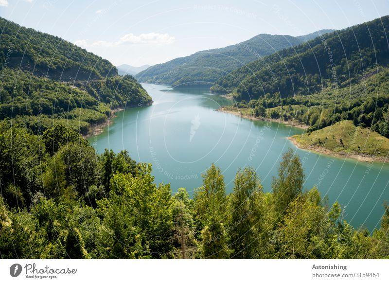Siriu Lake Umwelt Natur Landschaft Himmel Horizont Sommer Wetter Schönes Wetter Pflanze Baum Wald Hügel Berge u. Gebirge Südkarpaten Karpaten Schlucht Seeufer