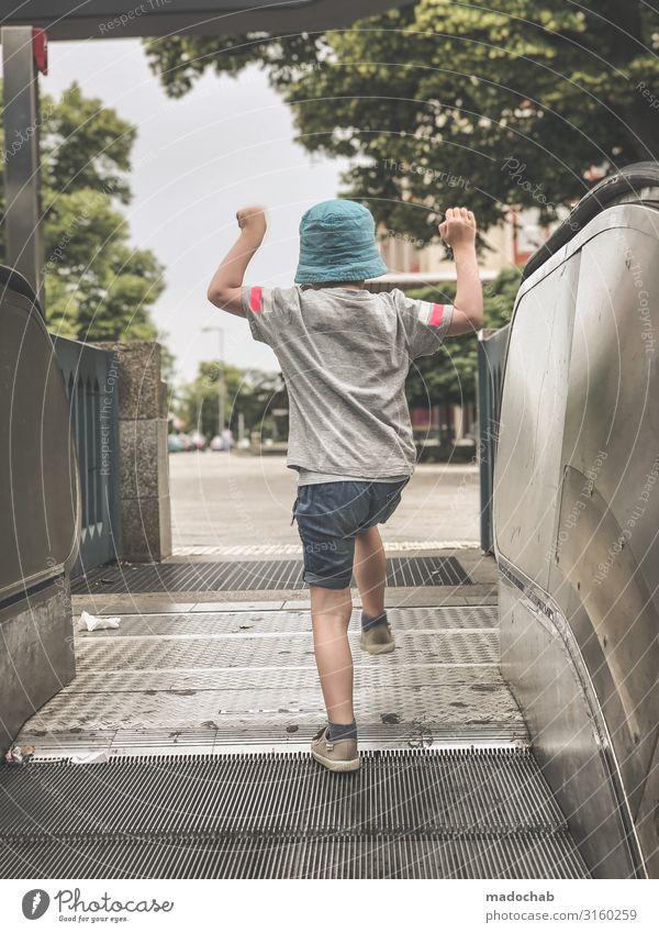 Rolltreppenmax Lifestyle Wohlgefühl Zufriedenheit Ferien & Urlaub & Reisen Tourismus Ausflug Abenteuer Expedition Mensch Kind Kleinkind Leben Stimmung Freude