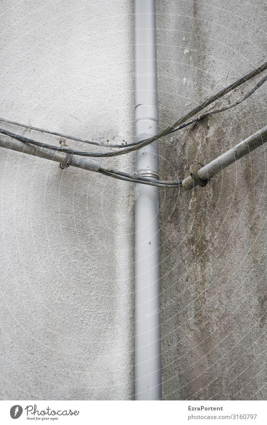 Bild Ecke Haus Bauwerk Gebäude Architektur Mauer Wand Dachrinne Linie grau trist Fallrohr Kabel Kabelsalat Elektrizität Elektronik Außenaufnahme Menschenleer