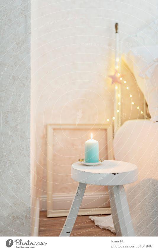 Minimalismus Lifestyle Stil Innenarchitektur Dekoration & Verzierung Bett Schlafzimmer Hocker Weihnachten & Advent leuchten einfach hell retro Stimmung
