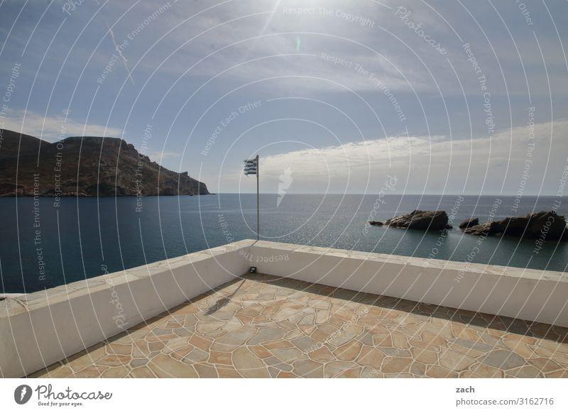 Richtung Horizont Landschaft Himmel Wolken Hügel Felsen Küste Meer Mittelmeer Ägäis Insel Kykladen Folegandros Griechenland Haus Platz Mauer Wand Terrasse Linie