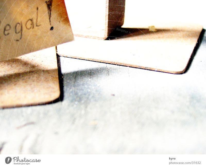 egal Ständer braun Papier vergilbt dunkel obskur Schilder & Markierungen Zettel Rost alt hell