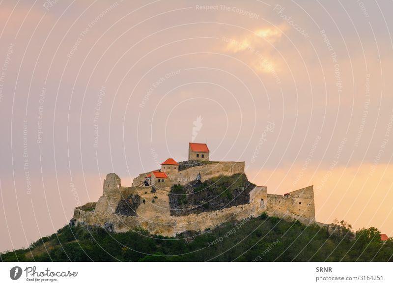 Festung Ferien & Urlaub & Reisen Tourismus Ausflug Sightseeing wandern Landschaft Himmel Burg oder Schloss Gebäude Architektur alt Verteidigungsmauer Europa