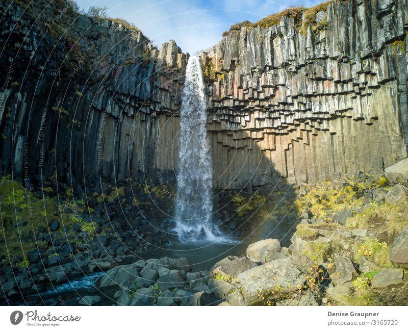 Svartifoss Waterfall in Skaftafell Iceland Ferien & Urlaub & Reisen Tourismus Ausflug Abenteuer Expedition Umwelt Natur Wasser Klima Klimawandel Wetter