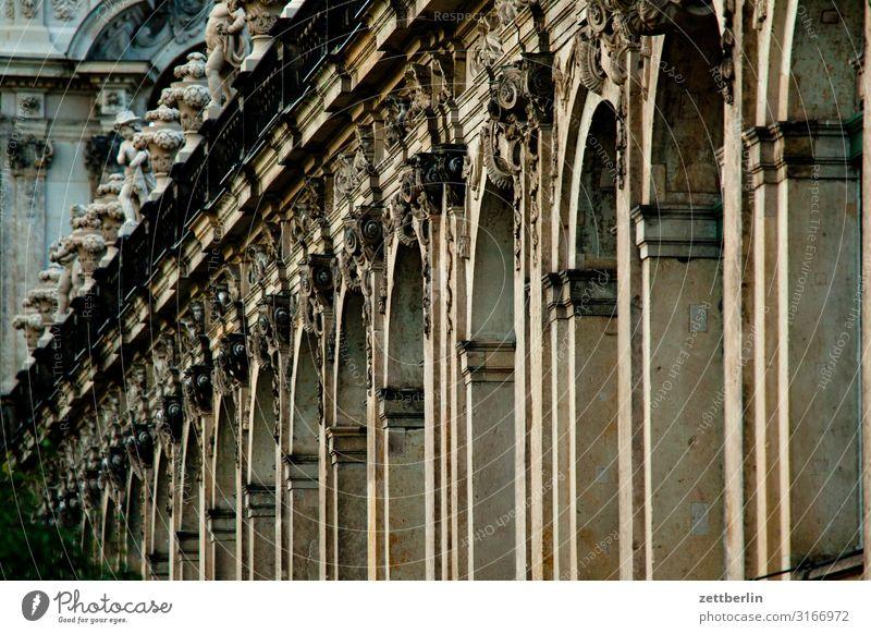 Barock Altstadt antik Architektur Dresden Klassik Kultur Hauptstadt Ferien & Urlaub & Reisen Reisefotografie Sachsen Stadt Städtereise Tourismus Zwinger Säule