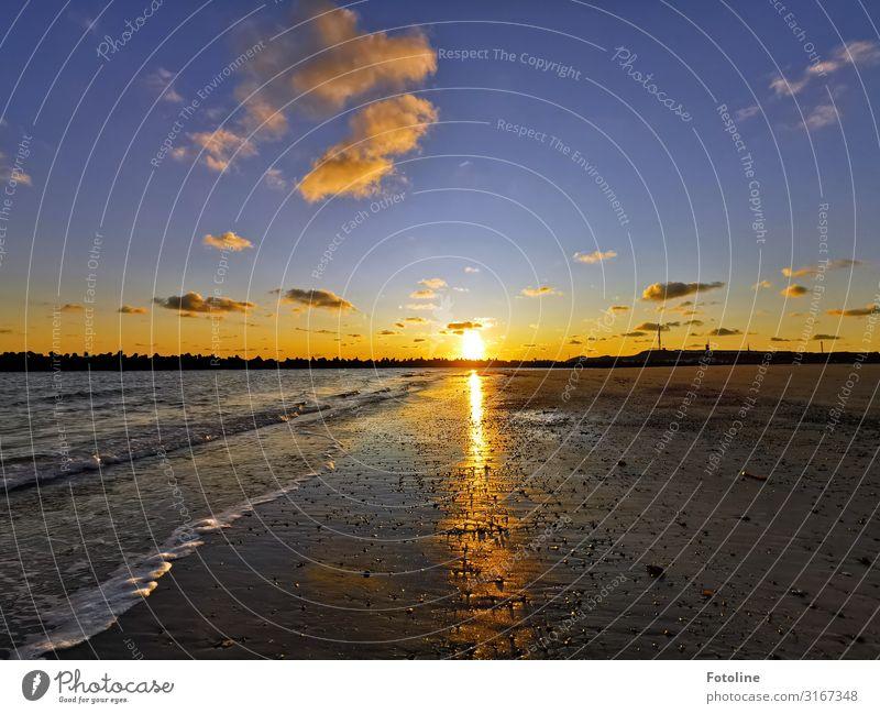 Bis morgen Tag Umwelt Natur Landschaft Urelemente Erde Sand Wasser Himmel Wolken Schönes Wetter Wellen Küste Strand Nordsee Meer Insel Ferne frei Unendlichkeit