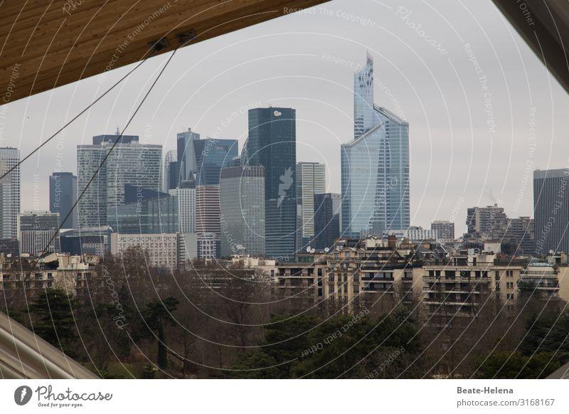Paris als Ausschnitt Lifestyle Städtereise Wohnung Arbeitsplatz Wirtschaft Industrie Handel Dienstleistungsgewerbe Unternehmen Umwelt Himmel Hauptstadt