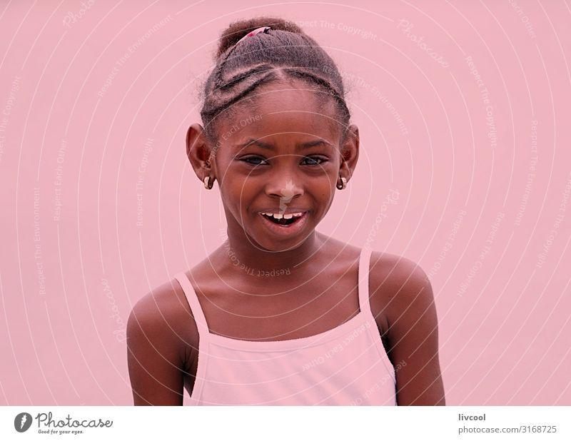 Frau Kind Mensch Ferien & Urlaub & Reisen schön Freude Mädchen schwarz Gesicht Straße Auge Lifestyle Erwachsene Leben feminin Gefühle