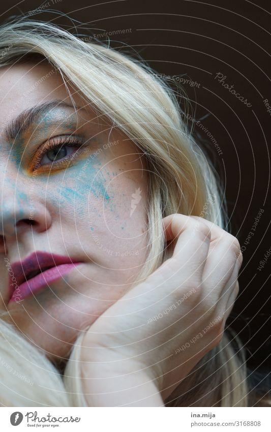 In bunte Farben tauchen Mensch feminin Junge Frau Jugendliche Erwachsene Leben Frauenbrust 1 fantastisch frech Optimismus Gefühle geheimnisvoll Gesundheitswesen