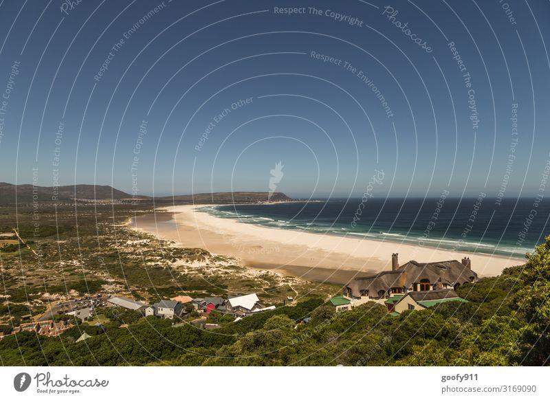 Einsamer Strand Ferien & Urlaub & Reisen Natur schön Wasser Landschaft Sonne Meer Erholung Einsamkeit ruhig Ferne Küste Tourismus Freiheit Sand