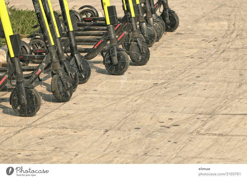 startklar Ausflug Verkehrsmittel Straßenverkehr Fahrradweg stehen modern Freude Neugier Abenteuer Bewegung Energie Idee Leichtigkeit Mobilität