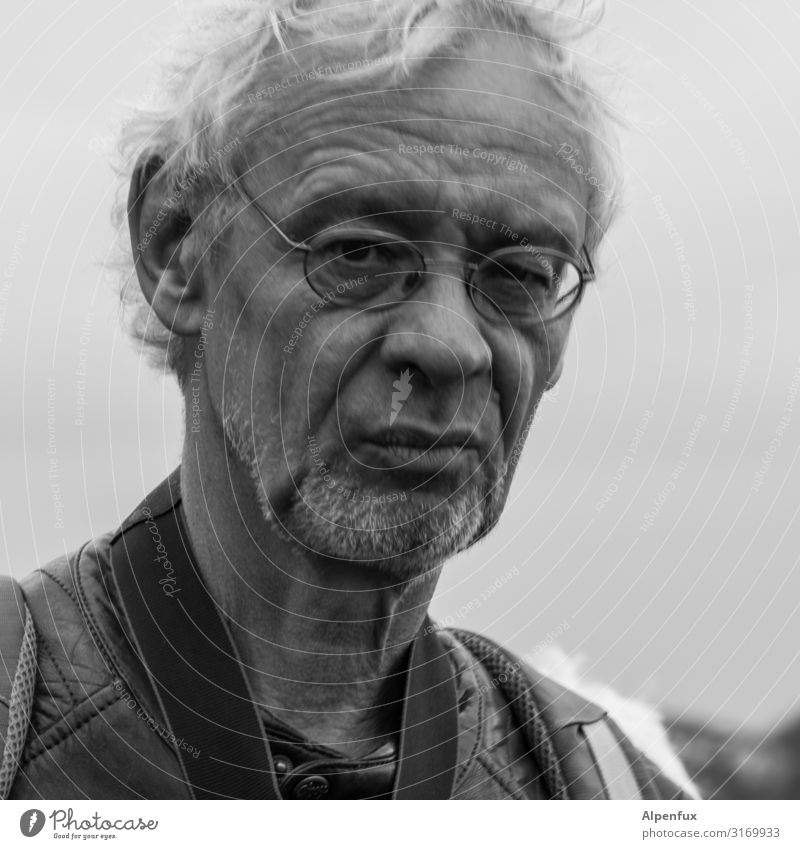 Kritischer Mann | UT HH19 Mensch maskulin Erwachsene 45-60 Jahre Blick bedrohlich Willensstärke Entschlossenheit Gelassenheit kompetent Kritik skeptisch Fragen