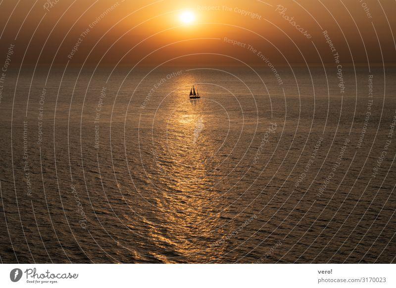 Fernweh Abenteuer Ferne Freiheit Sommer Meer Segeln Horizont Sonnenaufgang Sonnenuntergang schlechtes Wetter Atlantik Segelboot genießen