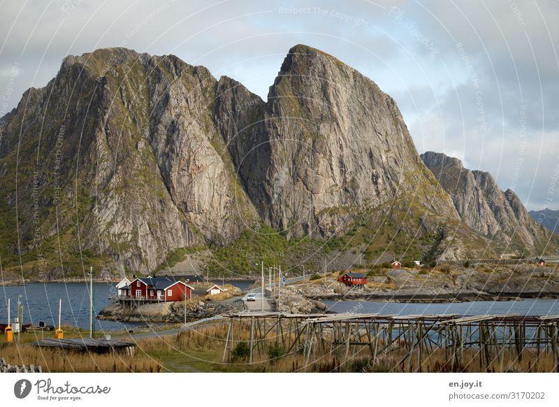 Hanmøy von Sakrisøy Ferien & Urlaub & Reisen Ausflug Umwelt Natur Landschaft Himmel Schönes Wetter Felsen Berge u. Gebirge Fjord Reinefjorden Hamnöy sakrisøy