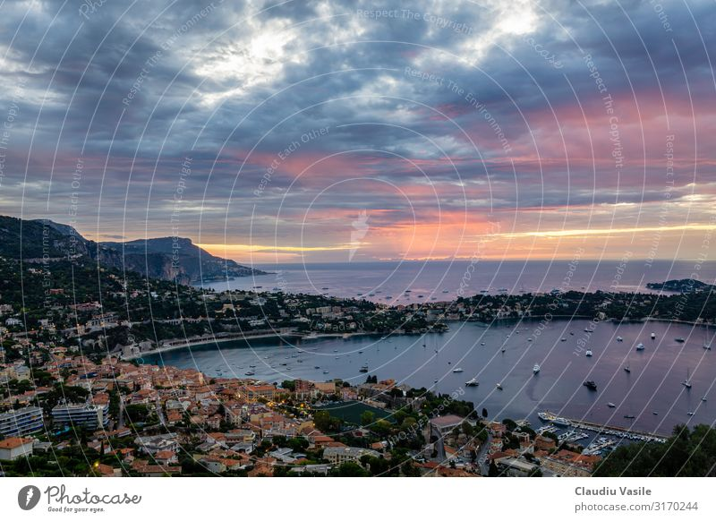 Dramatischer Sonnenaufgang an der Cote d'Azur Ferien & Urlaub & Reisen Tourismus Ausflug Sightseeing Sommer Sommerurlaub Sonnenbad Strand Umwelt Natur