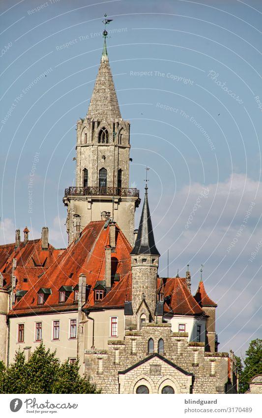 Schloss Sigmaringen Ferien & Urlaub & Reisen Tourismus Ausflug Sightseeing Städtereise Wohnung Architektur Kultur Burg oder Schloss Turm Bauwerk Gebäude Mauer