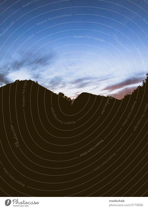 Viel schwarz um nichts Umwelt Natur Landschaft Himmel Horizont Hügel Felsen Berge u. Gebirge Gipfel dunkel frei Unendlichkeit hoch Kraft Romantik ruhig