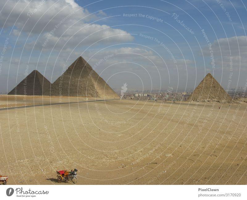 Pyramiden von Gizeh Mensch Ferien & Urlaub & Reisen blau schön Ferne Architektur Lifestyle Gebäude Tourismus Stimmung Ausflug Abenteuer Sehenswürdigkeit Bauwerk
