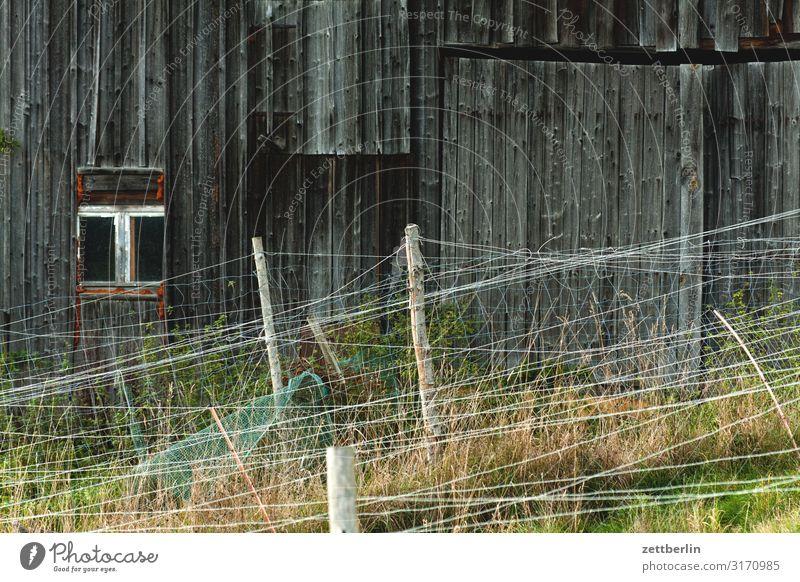 Stall oder Scheune Haus Holz Textfreiraum Dorf Zaun Holzbrett Grenze Holzhaus Begrenzung