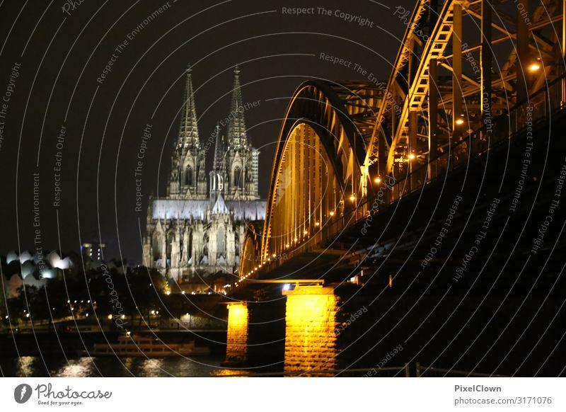 Kölner Dom Lifestyle Ferien & Urlaub & Reisen Tourismus Sightseeing Städtereise Häusliches Leben Nachtleben Kunst Stadt Stadtzentrum Skyline Kirche Gebäude