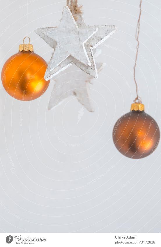 Weihnachtsdeko Design Postkarte Weihnachten & Advent Dekoration & Verzierung Metall Gold Kugel Stern (Symbol) hängen hell weiß Stimmung Idee Mobile Holz