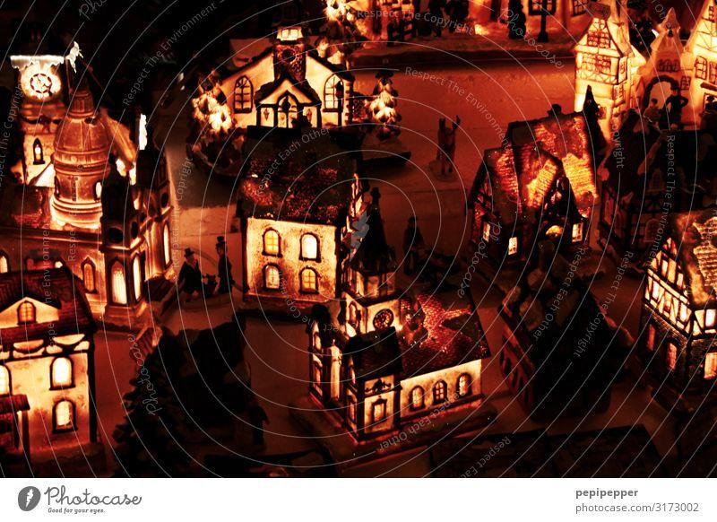 weihnachtsdorf Weihnachten & Advent Nachthimmel Dorf Altstadt Haus Einfamilienhaus Mauer Wand Fassade Fenster Tür Dach leuchten Kunstlicht Licht Schatten