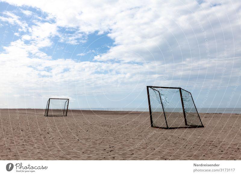 Nebensaison Ferien & Urlaub & Reisen Tourismus Camping Sommer Sommerurlaub Strand Meer Sport Ballsport Fußballplatz Natur Landschaft Sand Wasser Himmel Wolken