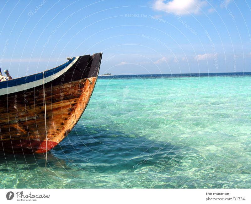 Malediven Wasser schön Meer blau Ferien & Urlaub & Reisen Einsamkeit Erholung Wasserfahrzeug Stimmung Insel Afrika