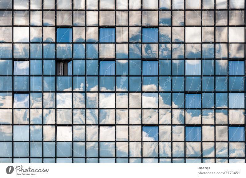 Wetter Himmel Natur Wolken außergewöhnlich Fassade Stimmung Linie Glas Perspektive Schönes Wetter einzigartig Irritation Glasfassade