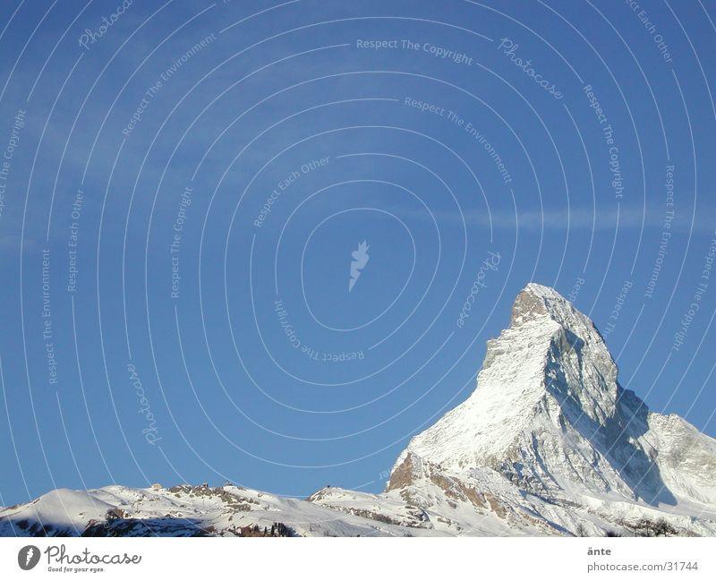 MOntCerVin Himmel Ferien & Urlaub & Reisen blau Winter Berge u. Gebirge Schnee Tourismus wandern Aussicht Ausflug Europa Gipfel Alpen Klarheit Schweiz Winterurlaub