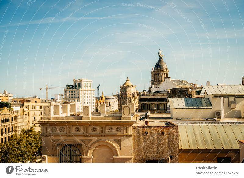 Barcelona Über den Dächern Ferien & Urlaub & Reisen Tourismus Ausflug Abenteuer Ferne Freiheit Sightseeing Städtereise Kreuzfahrt Spanien Europa Hafenstadt